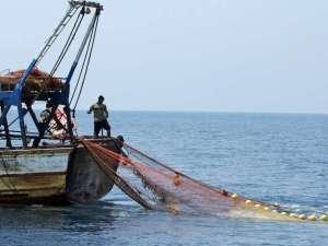 Fischer-aus-Gaza-holt-sein-Netz-ein-Archivbild-