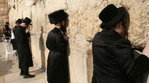 Juden-vor-der-Klagemauer